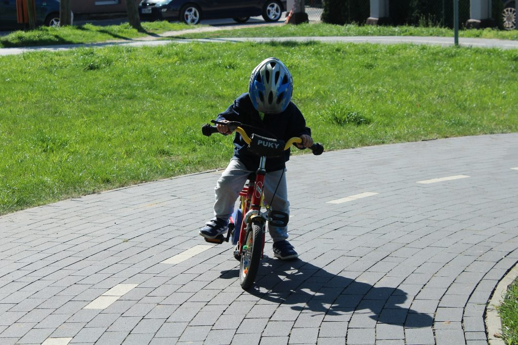 Children's cycling accidents
